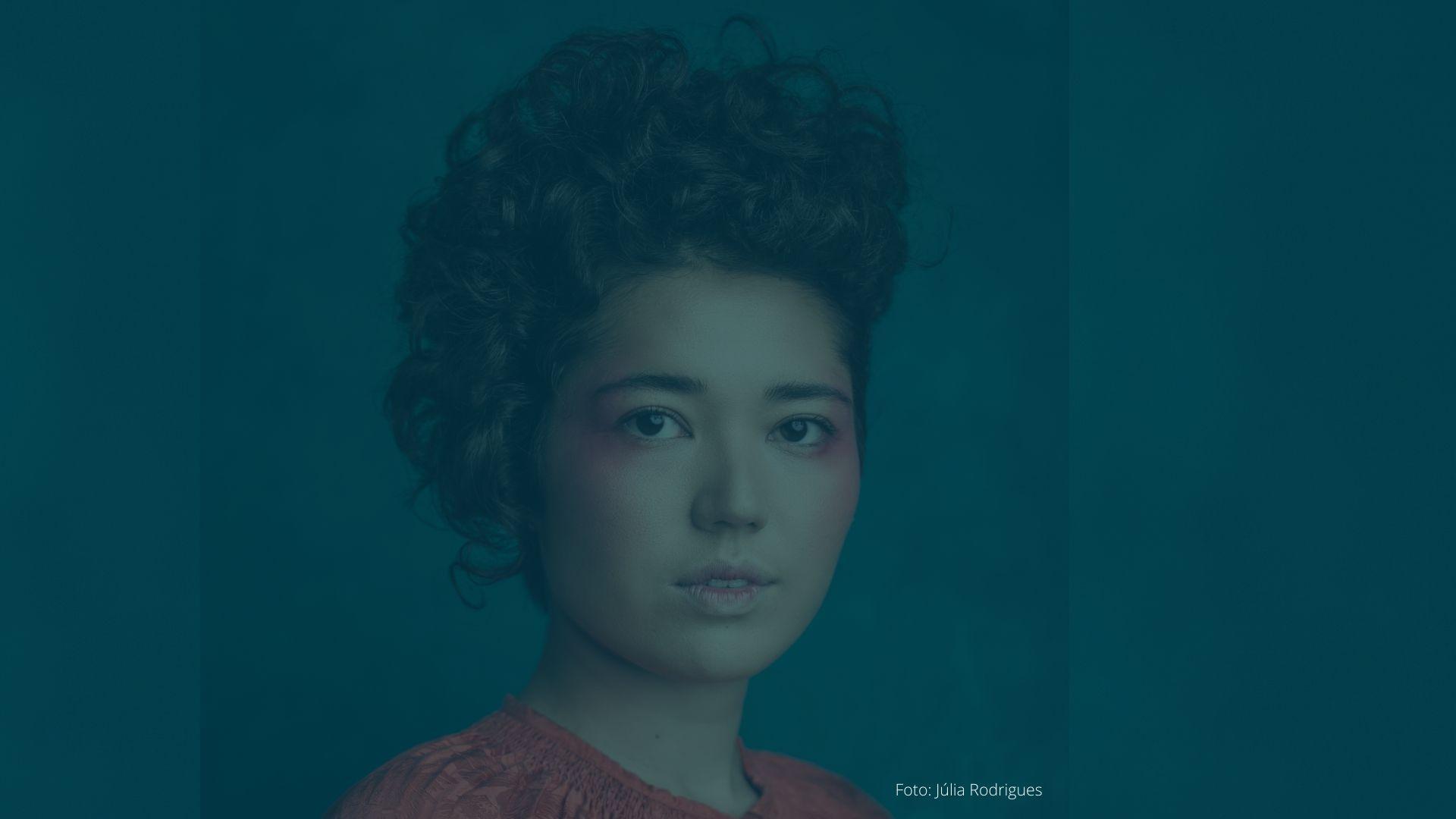 Camila Honda – Uma artista que entre outros afazeres, canta